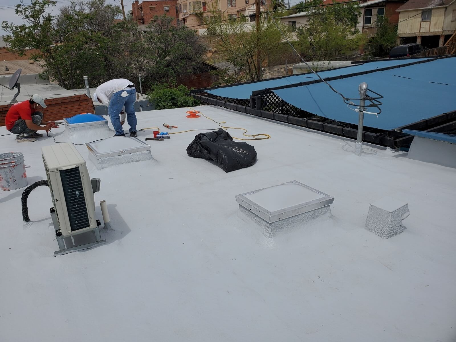 Roofs that will last from a roofing contractor you can trust!